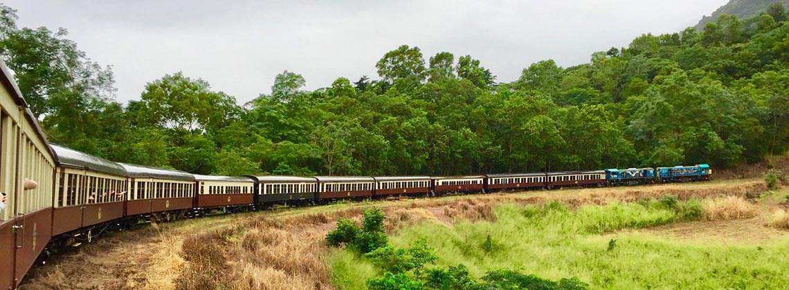 Der Zug der Kuranda Scenic Railway